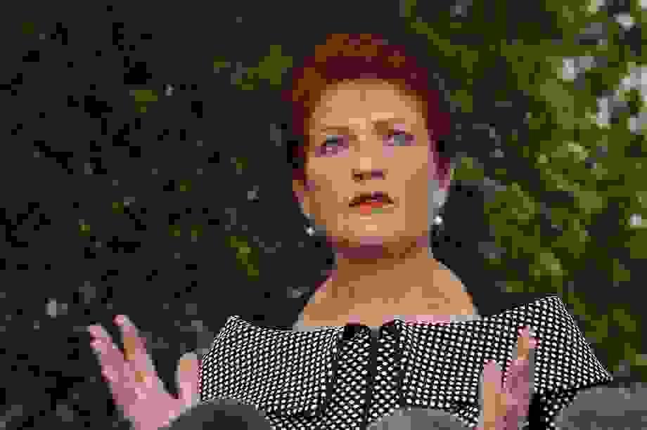 """Báo Trung Quốc dọa Australia về """"đòn trừng phạt lâu dài"""""""