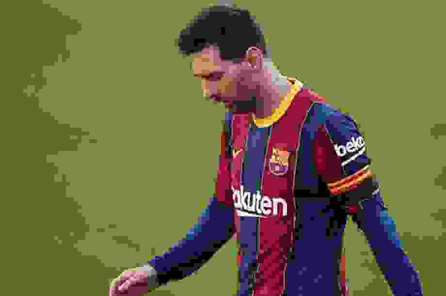 Chủ tịch tạm quyền Barcelona tiếc nuối vì không bán Messi