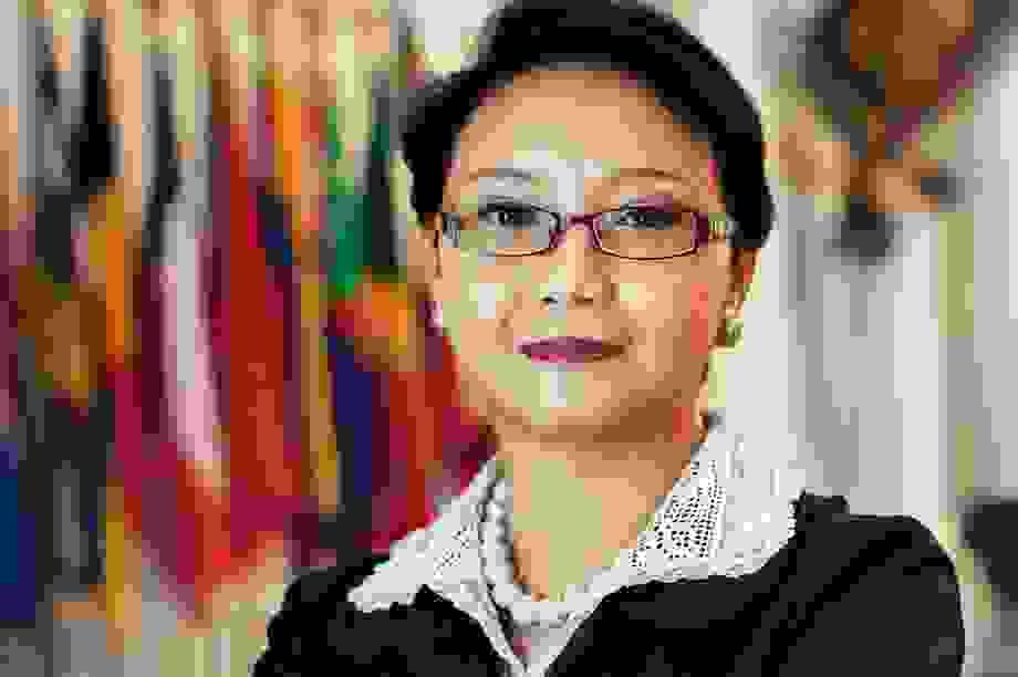 Tổng thống Indonesia công bố nội các mới, bổ nhiệm nữ ngoại trưởng đầu tiên